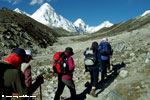 Trekkers on the way to Kalapathar and Mt. Pumori (7165m)